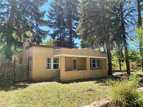 Photo of 313 Burch Street, Taos, NM 87571 (MLS # 104491)