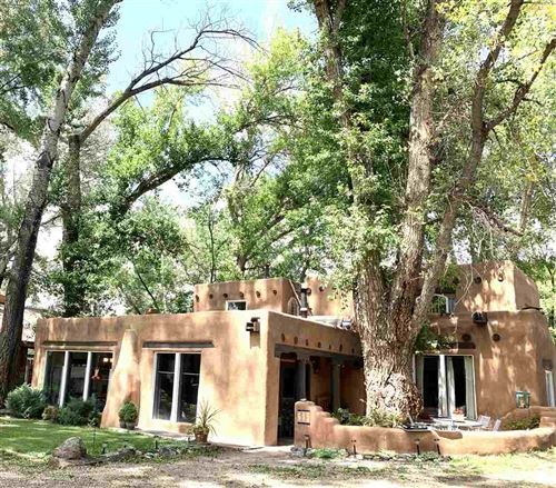 Photo of 615 Ranchitos Rd, Taos, NM 87571 (MLS # 107501)