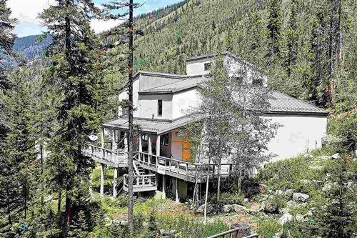 Photo of 133 Twining Rd, Taos Ski Valley, NM 87525 (MLS # 105530)