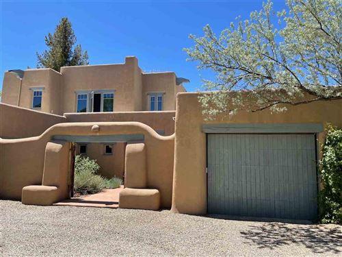 Photo of 306 Rosarita, Taos, NM 87571 (MLS # 106597)