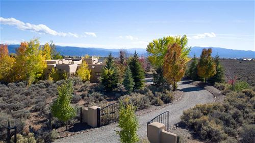 Photo of 54 Sol Grande, Arroyo Seco, NM 87514 (MLS # 101627)