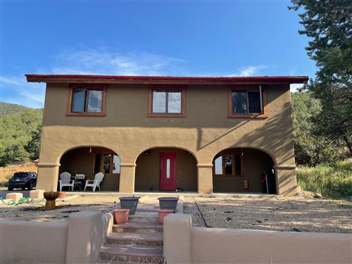Photo of 622 Paseo del Canon East, Taos, NM 87571 (MLS # 107639)