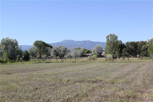 Photo of 839 Upper Ranchitos Rd, Taos, NM 87571 (MLS # 104644)