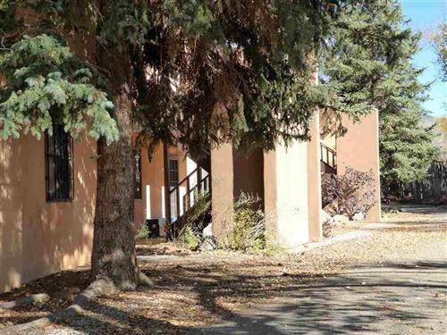 Photo of 405 Camino de La Placita, Taos, NM 87571 (MLS # 104717)