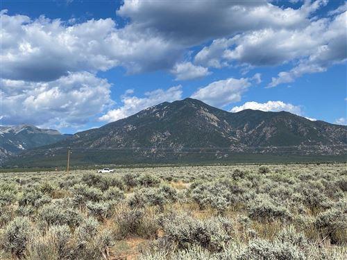Photo of 0 Uracca, Taos, NM 87571 (MLS # 107748)