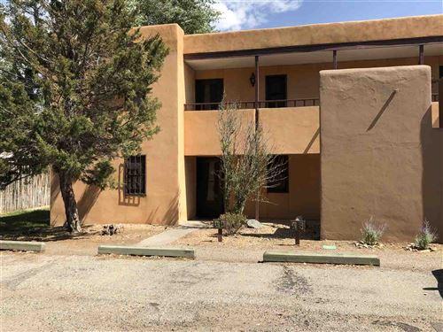 Photo of 405 Camino De La Placita 1 A, Taos, NM 87571 (MLS # 105792)