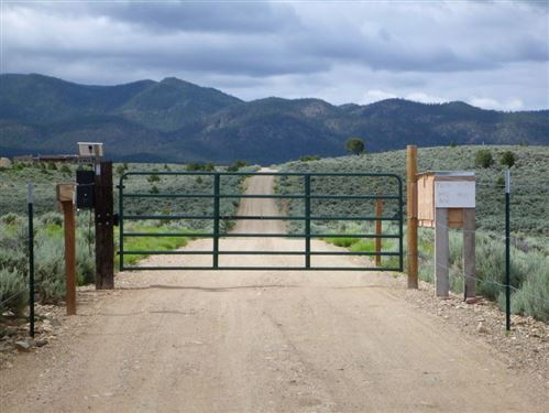 Photo of Tract A Spirit Dog, Ranchos de Taos, NM 87557 (MLS # 105852)