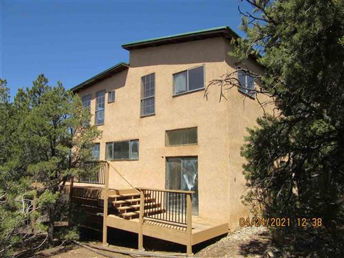 Photo of 97 Upper Pinabete, Questa, NM 87556 (MLS # 106853)