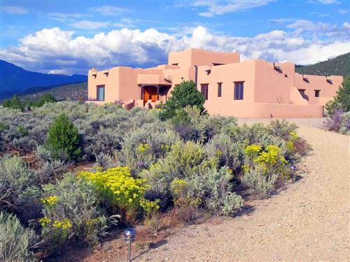 Photo of 828 Espinoza, Taos, NM 87571 (MLS # 106879)