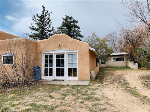 Photo of 4079 State HWY 68, Ranchos de Taos, NM 87557 (MLS # 104907)