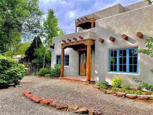 Photo of 213 Lund Street, Taos, NM 87571 (MLS # 104920)