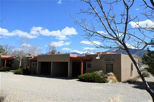 Photo of 18 Comanche Road, Taos, NM 87571 (MLS # 104924)