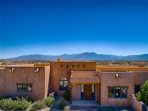 Photo of 251 Los Cordovas Rd, Taos, NM 87571 (MLS # 101975)