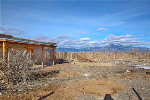 Photo of 297 Cuchilla Rd, Taos, NM 87557 (MLS # 105982)