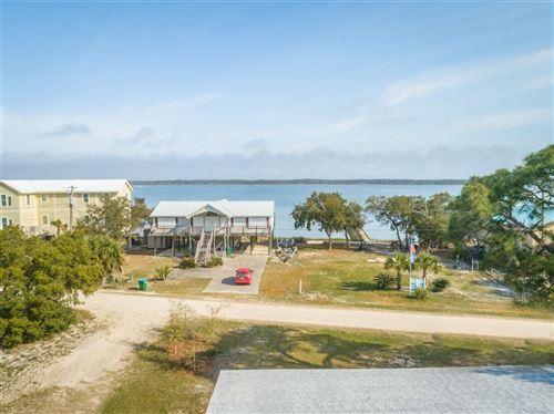 Photo of 214 Harbor Circle, ALLIGATOR POINT, FL 32346 (MLS # 330055)