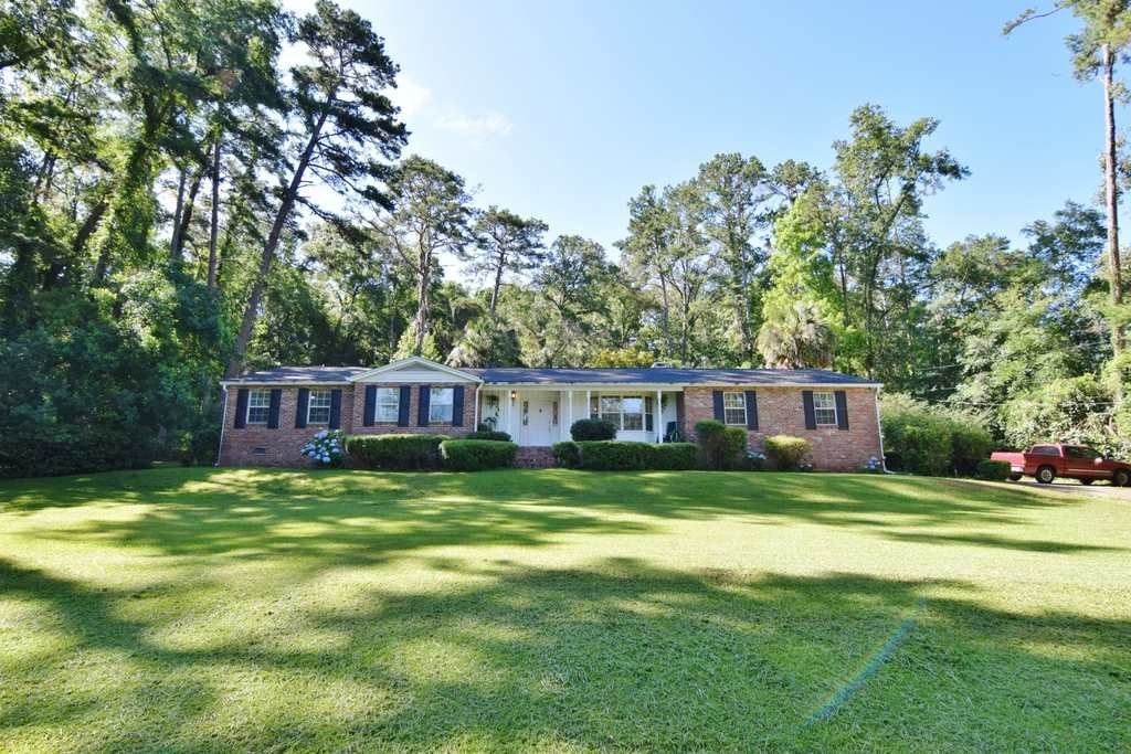 Photo of 3379 Lakeshore Drive, TALLAHASSEE, FL 32312-1307 (MLS # 320069)