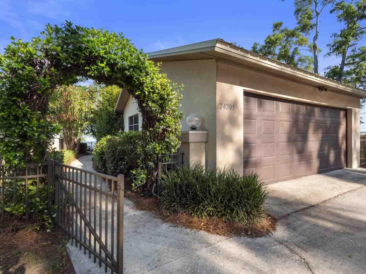 Photo of 24205 Lone Star Road, TALLAHASSEE, FL 32310 (MLS # 332098)
