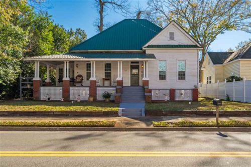 Photo of 1115 W King Street, QUINCY, FL 32351 (MLS # 327104)