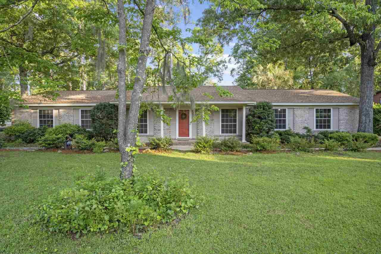 Photo of 2316 Braeburn Circle, TALLAHASSEE, FL 32309 (MLS # 331115)