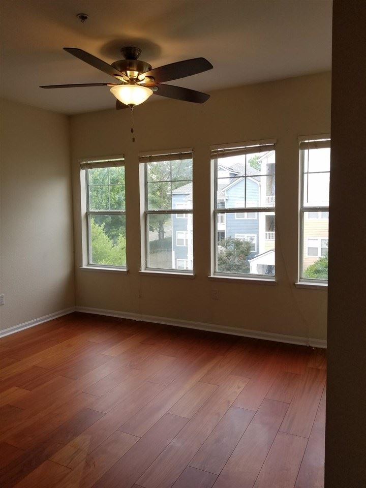 Photo of 2801 CHANCELLORSVILLE Drive #1233, TALLAHASSEE, FL 32312 (MLS # 332191)