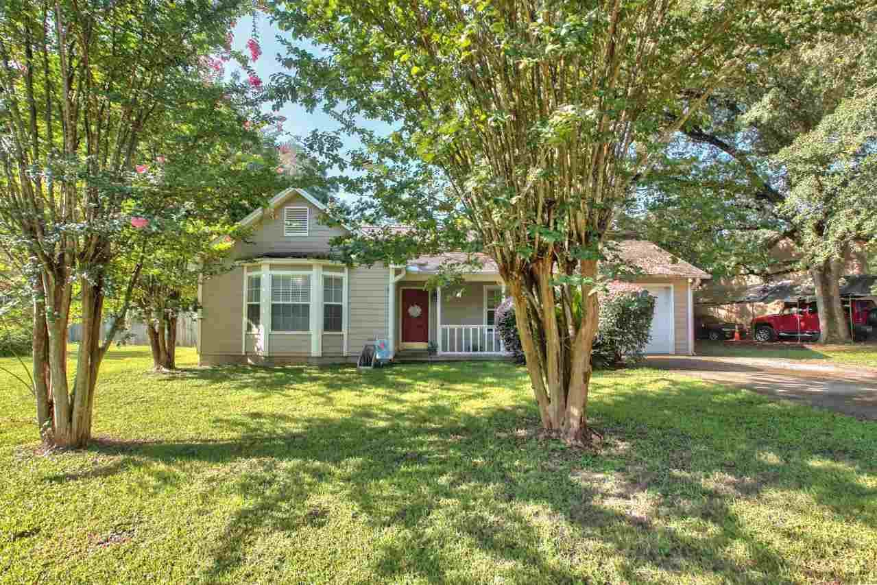 Photo of 8225 Little Terry Circle, TALLAHASSEE, FL 32311 (MLS # 335252)