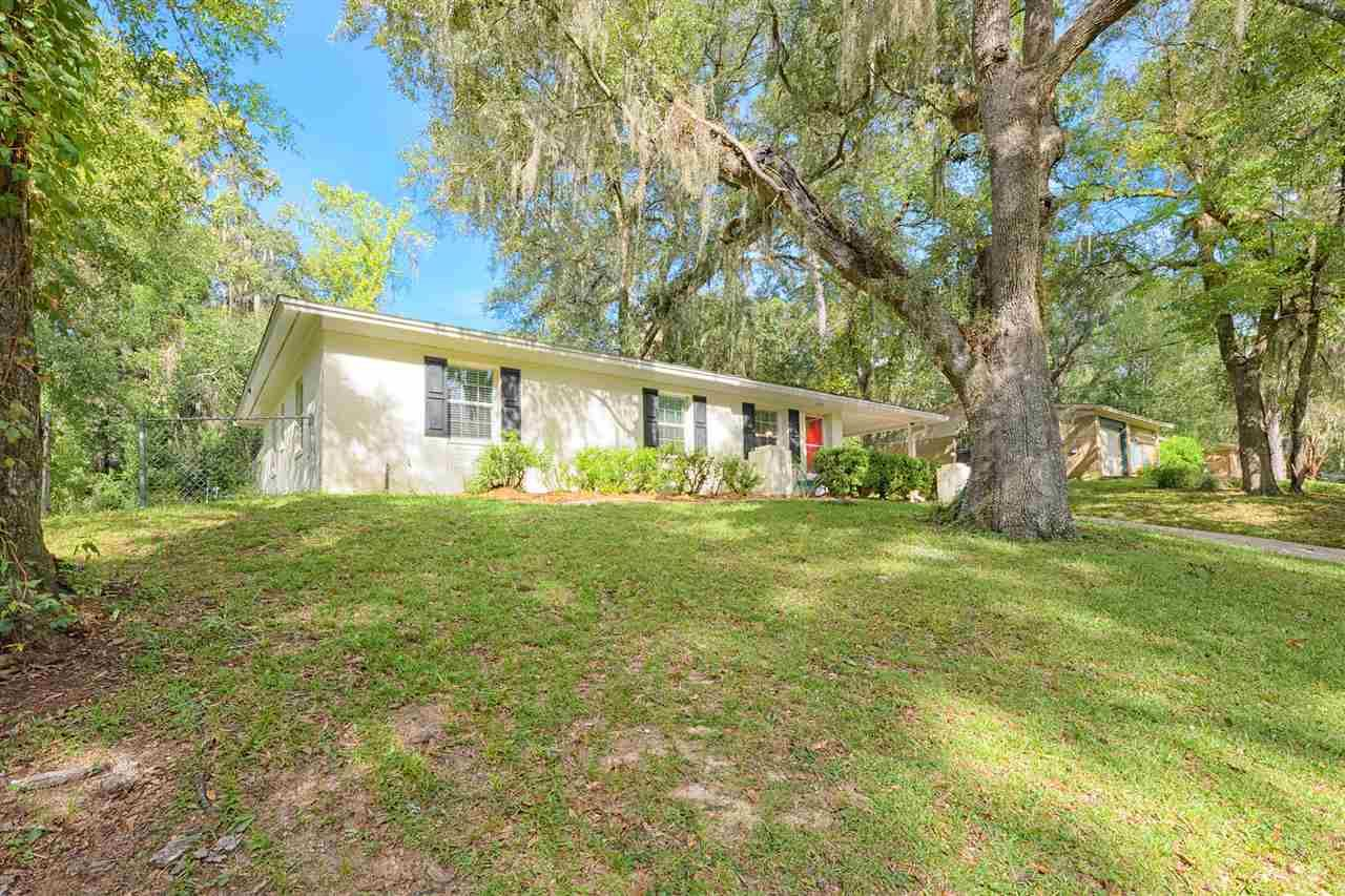 Photo of 2414 Rosemary Terrace, TALLAHASSEE, FL 32303 (MLS # 323254)