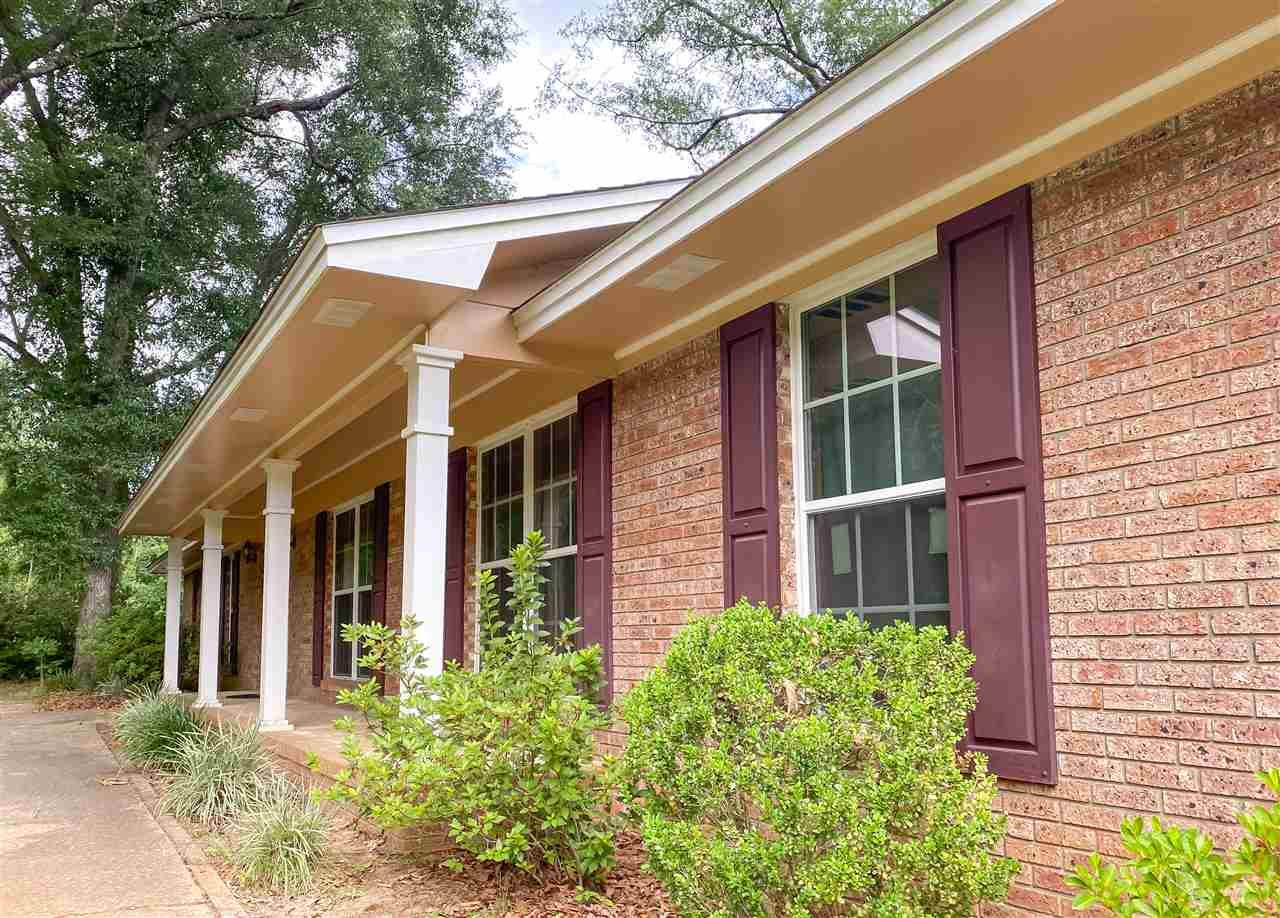 Photo of 2609 Stonegate Drive, TALLAHASSEE, FL 32308 (MLS # 319272)