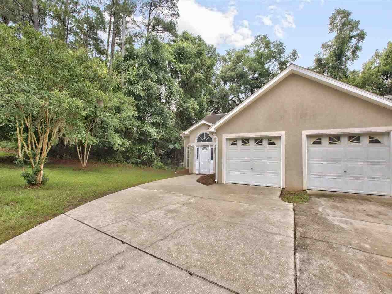 Photo of 3481 Chatelaine Ct, TALLAHASSEE, FL 32308 (MLS # 332282)
