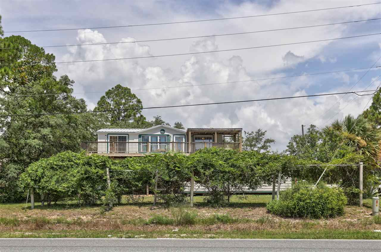 102 Connecticut Street, Carabelle, FL 32323 - MLS#: 321290