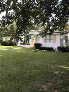 Photo of 111 WALLACE DR Drive, QUINCY, FL 32351 (MLS # 299324)