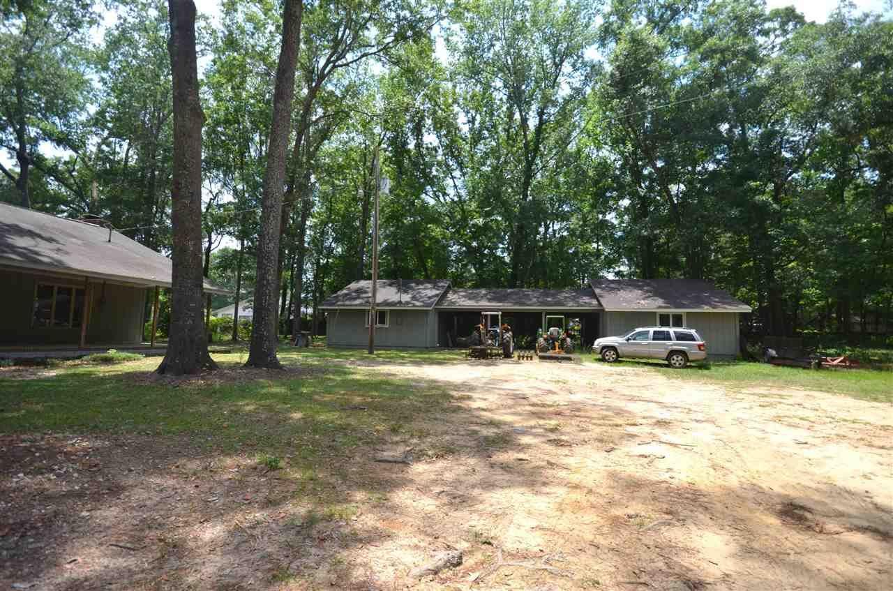 Photo of 3308 Gallant Fox Trail, TALLAHASSEE, FL 32309 (MLS # 333346)