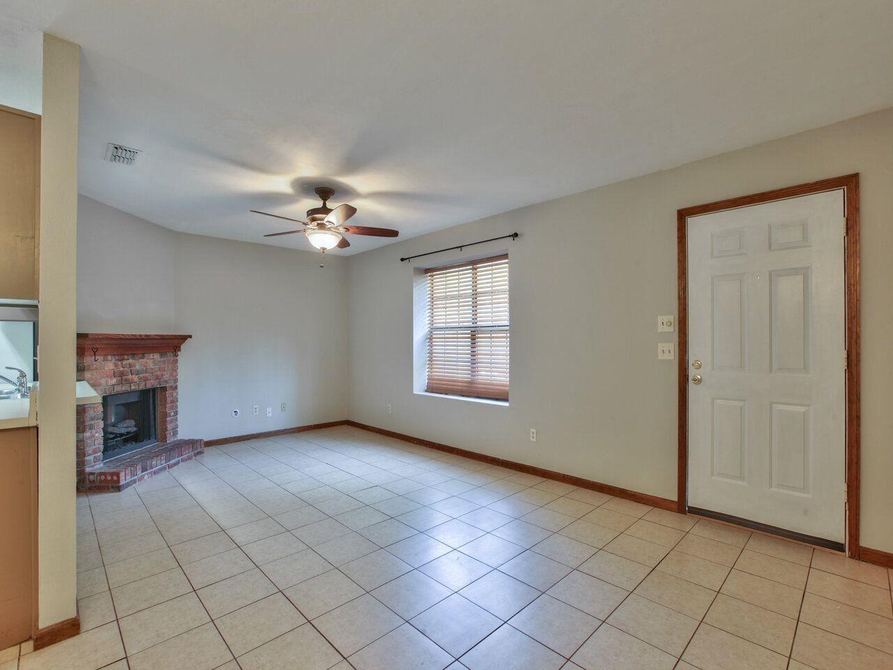 Photo of 2106 VICTORY GARDEN Lane #-, TALLAHASSEE, FL 32301 (MLS # 332347)