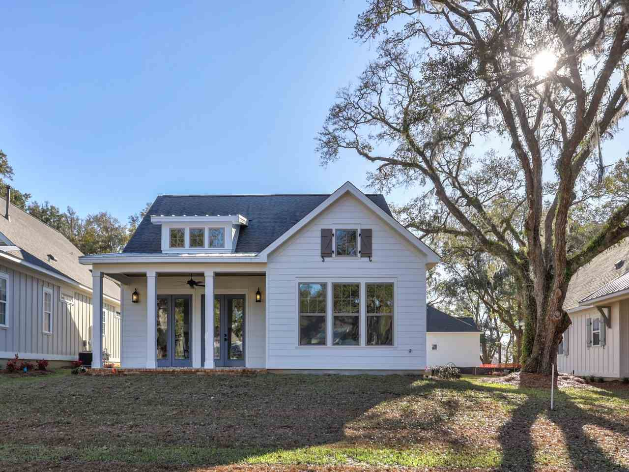 Photo of 37 Tea Blossom Place, TALLAHASSEE, FL 32308 (MLS # 317351)