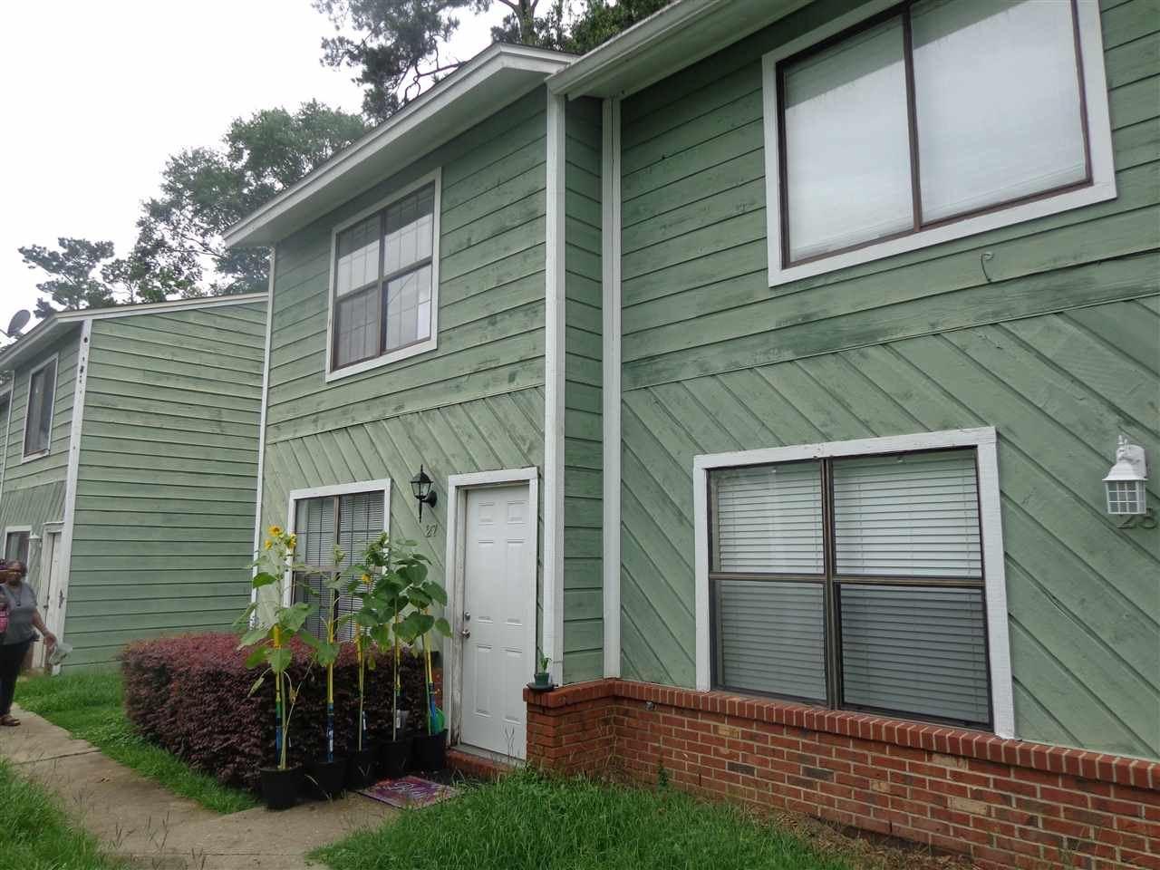 Photo of 301 S Lipona Road #27, TALLAHASSEE, FL 32304 (MLS # 335353)