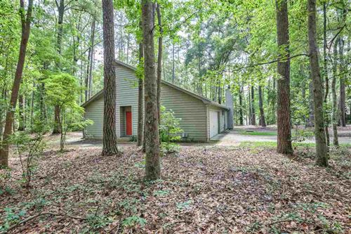Photo of 3335 Micanopy Trail, TALLAHASSEE, FL 32312 (MLS # 319369)