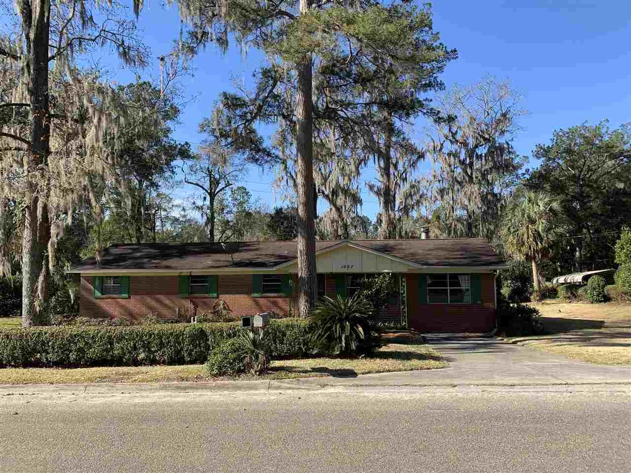 Photo of 1652 Jaydell Circle, TALLAHASSEE, FL 32308 (MLS # 327381)
