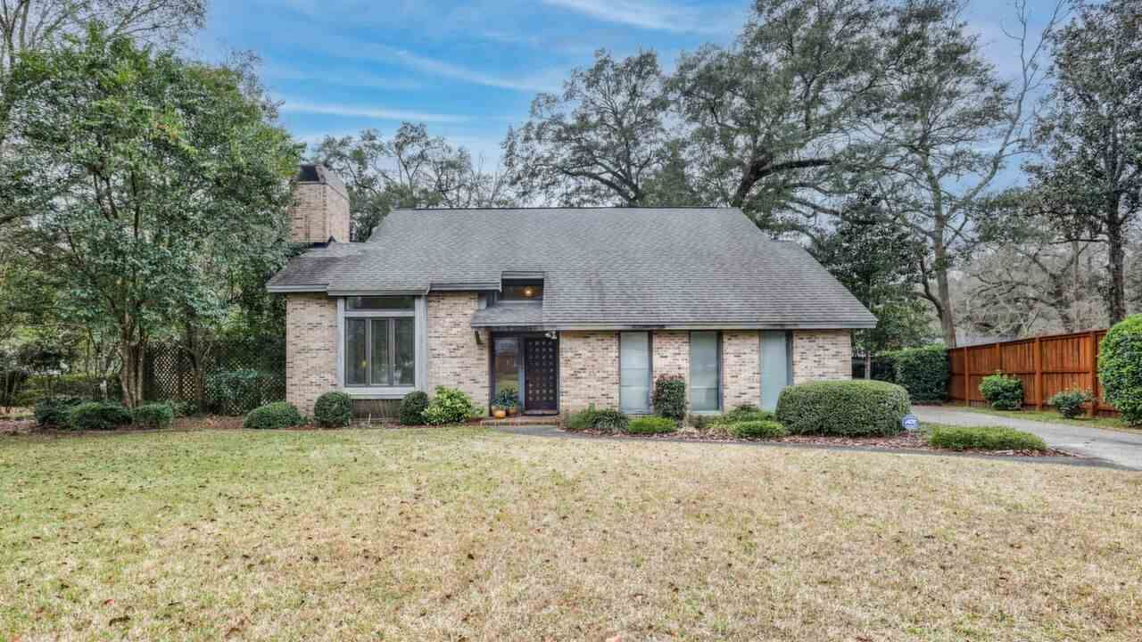 Photo of 3724 Longchamp Circle, TALLAHASSEE, FL 32309 (MLS # 327385)