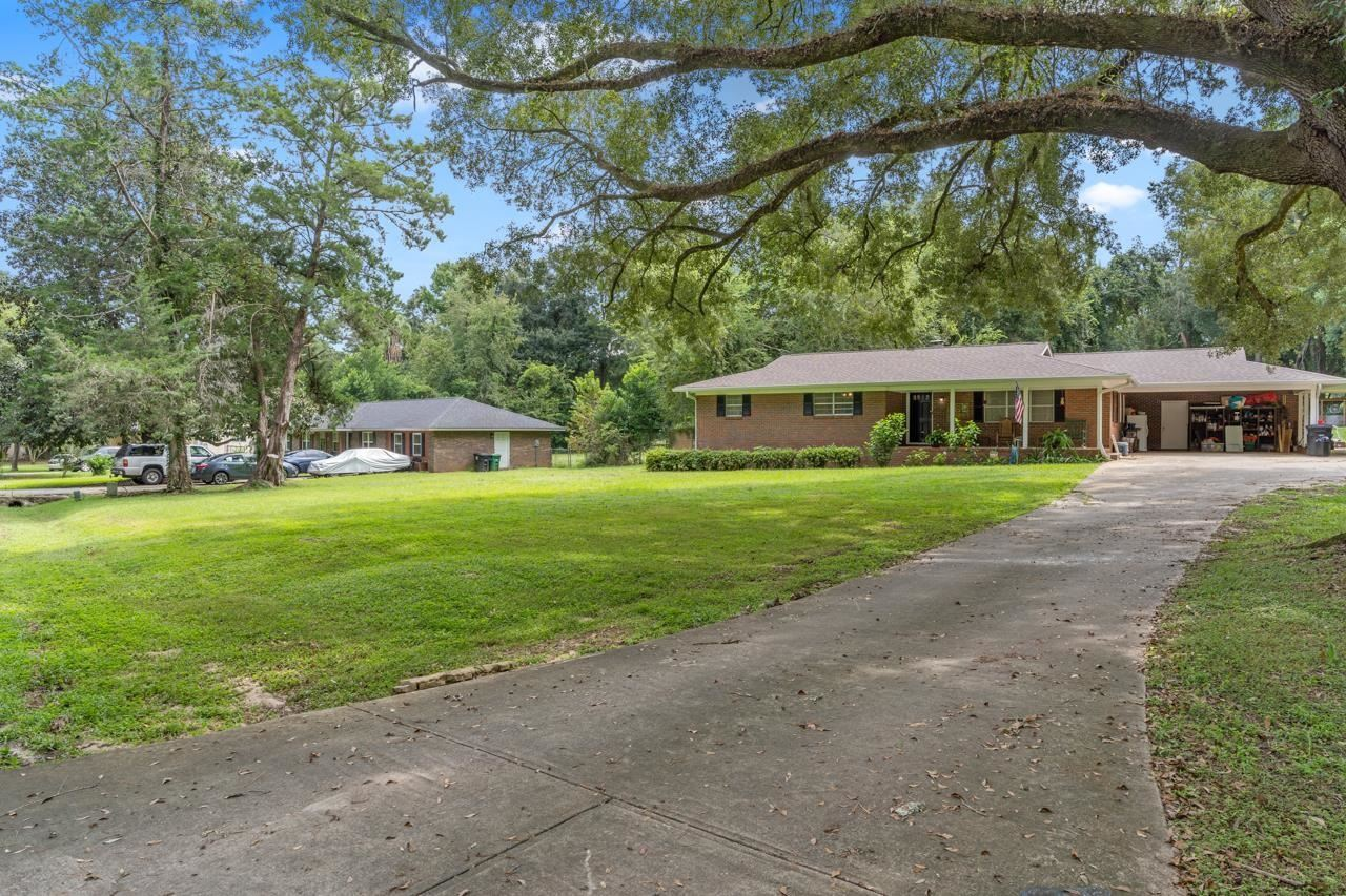 Photo of 2043 Queenswood Drive, TALLAHASSEE, FL 32303 (MLS # 337385)