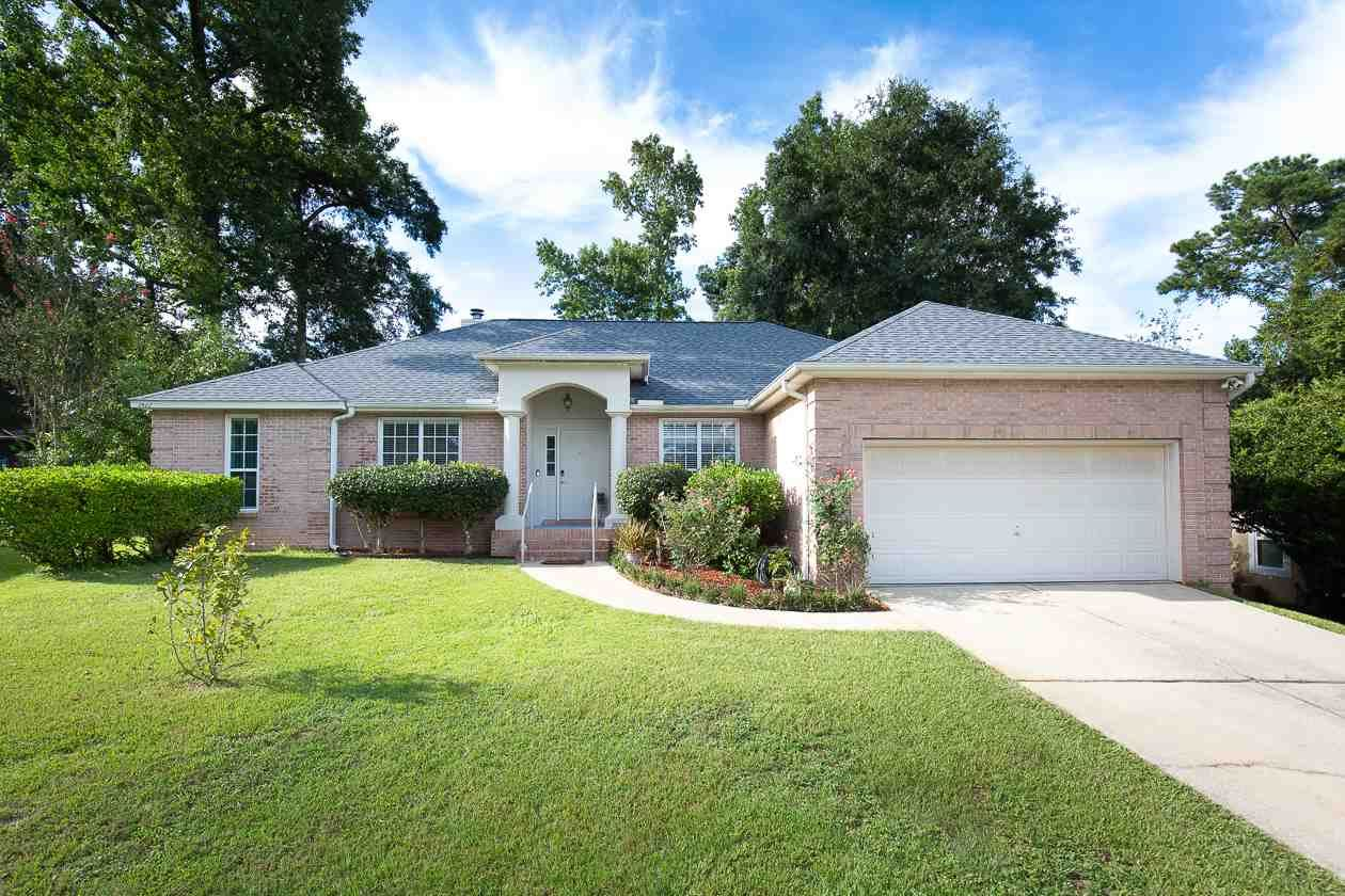 Photo of 2422 Beautyberry Court, TALLAHASSEE, FL 32308 (MLS # 321392)