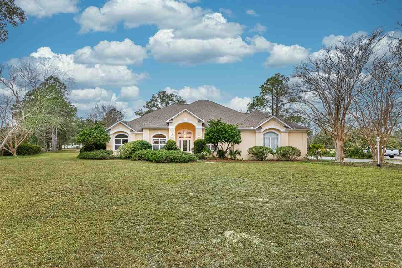 206 Country Club Drive, Crawfordville, FL 32327 - MLS#: 327397