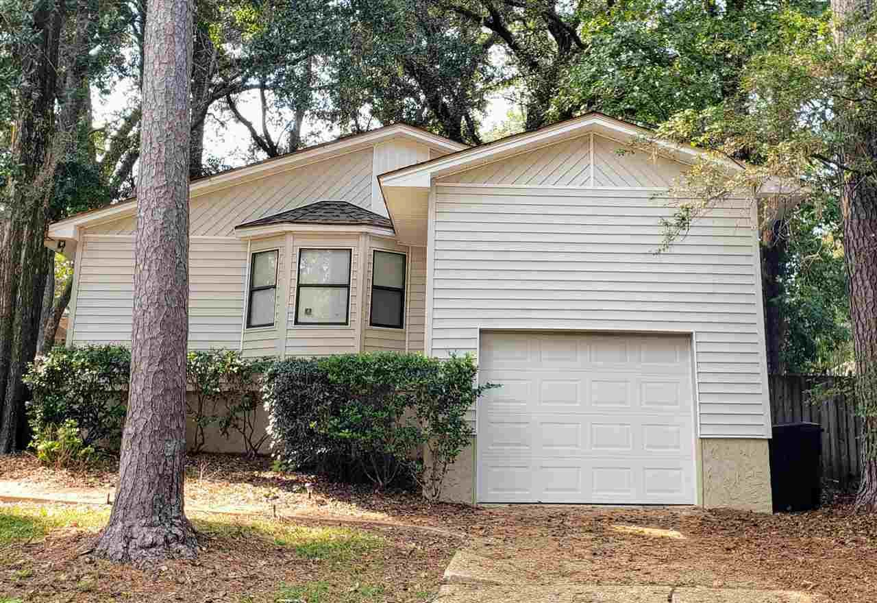 Photo of 4468 Bayshore Circle, TALLAHASSEE, FL 32309 (MLS # 327405)