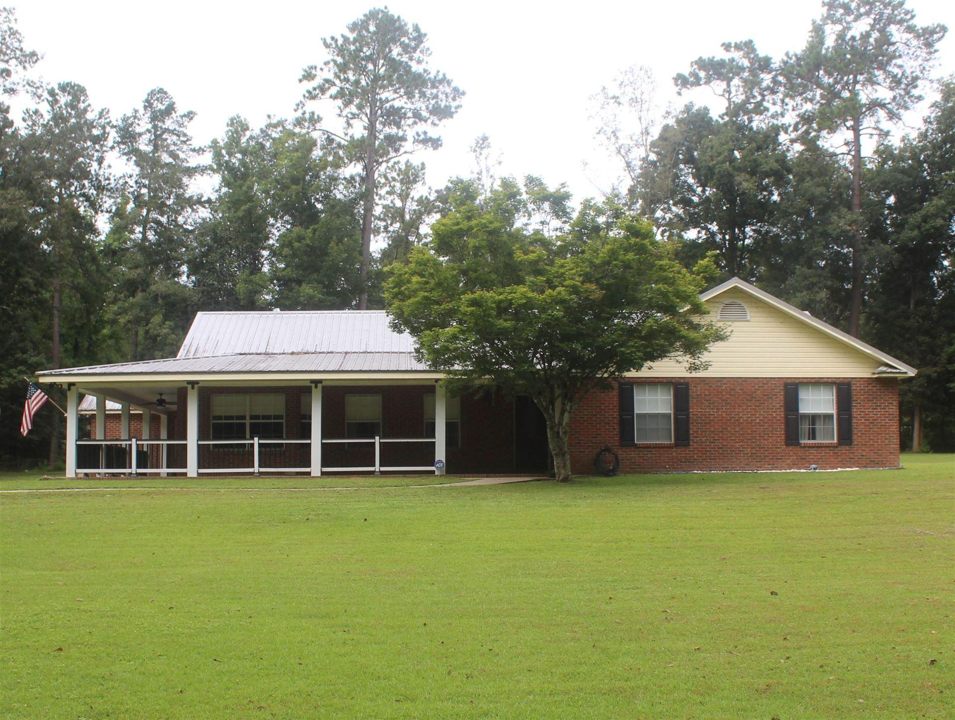 Photo of 3103 Beaver Creek Dr, HAVANA, FL 32333 (MLS # 336453)