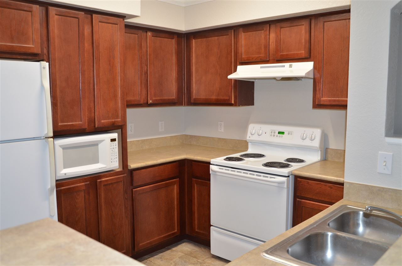 Photo of 2801 CHANCELLORSVILLE Drive #323 and 3S2, TALLAHASSEE, FL 32312 (MLS # 328489)