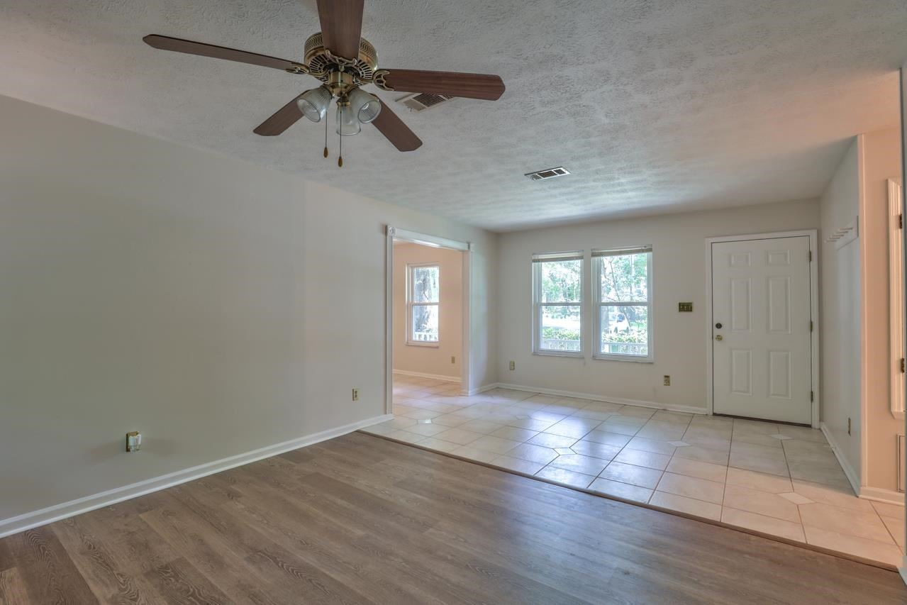 Photo of 909 McGUIRE Court, TALLAHASSEE, FL 32303 (MLS # 335501)