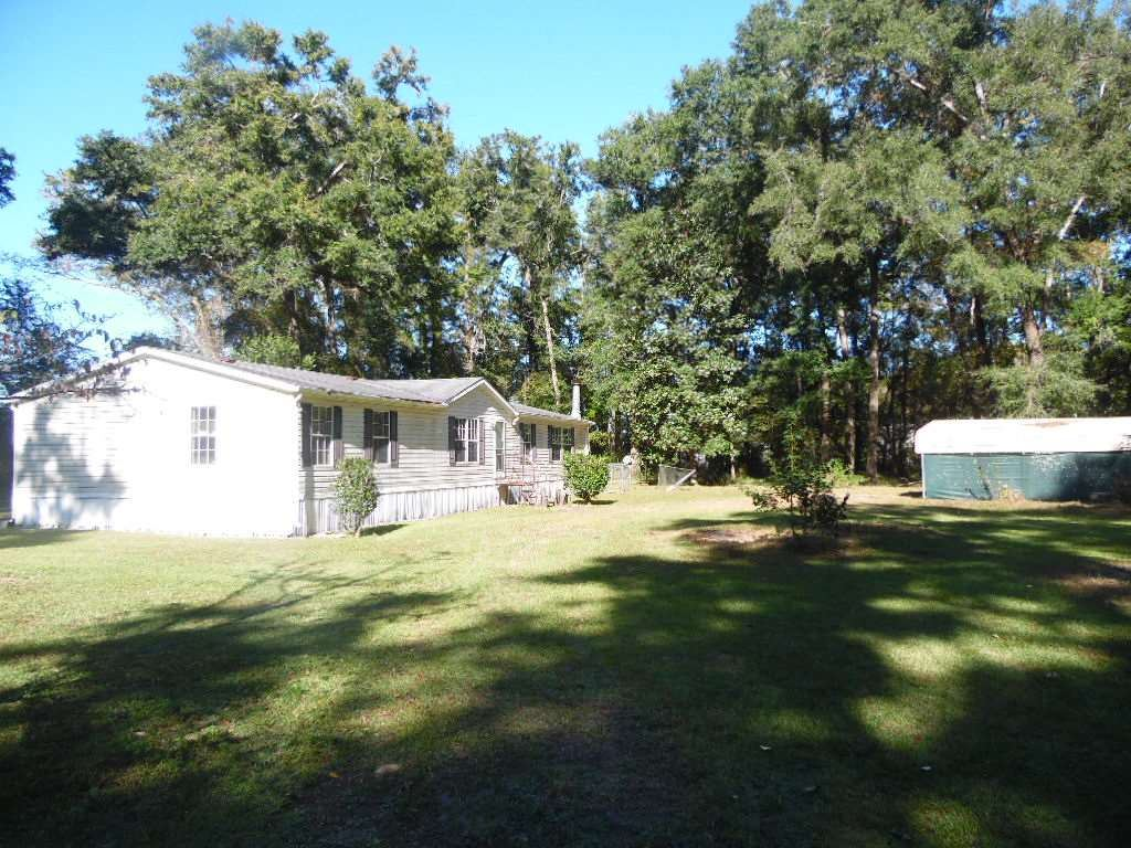 1004 Dr Martin Luther King Jr Memorial Road, Crawfordville, FL 32327 - MLS#: 325509