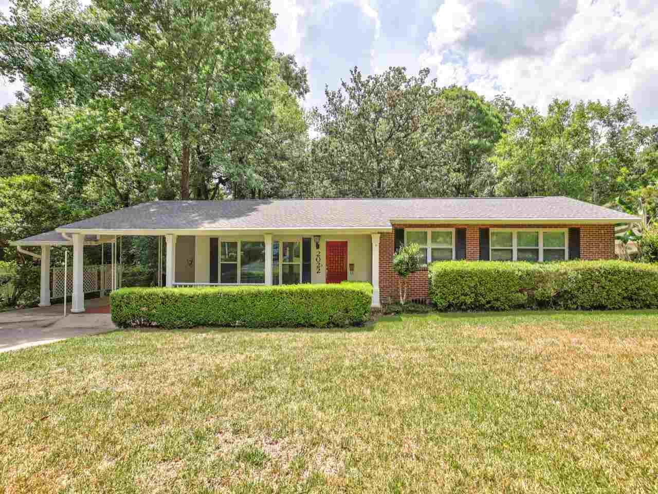 Photo of 2022 E. INDIANHEAD DRIVE, TALLAHASSEE, FL 32301 (MLS # 333510)