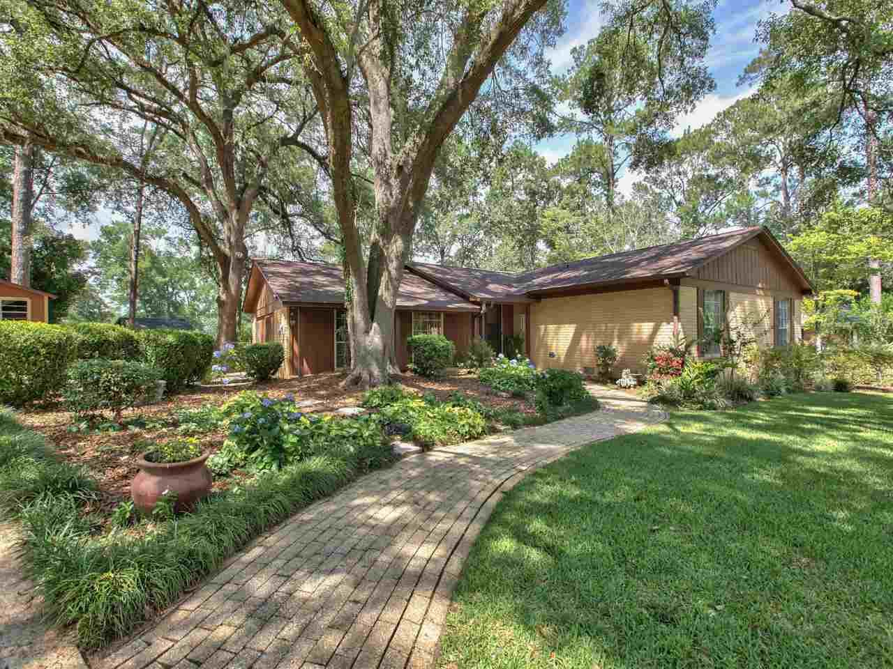 Photo of 3242 Dungarvin Drive, TALLAHASSEE, FL 32309 (MLS # 319547)