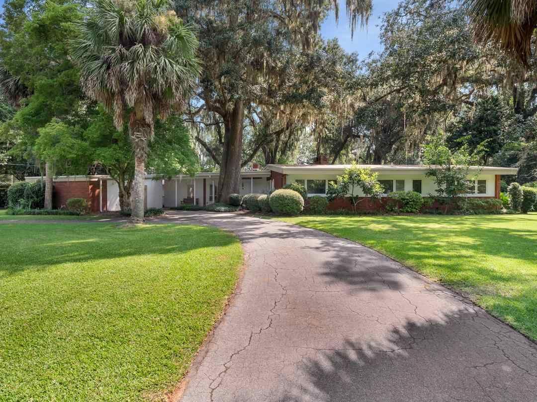 Photo of 2917 Woodside Drive, TALLAHASSEE, FL 32312 (MLS # 335600)