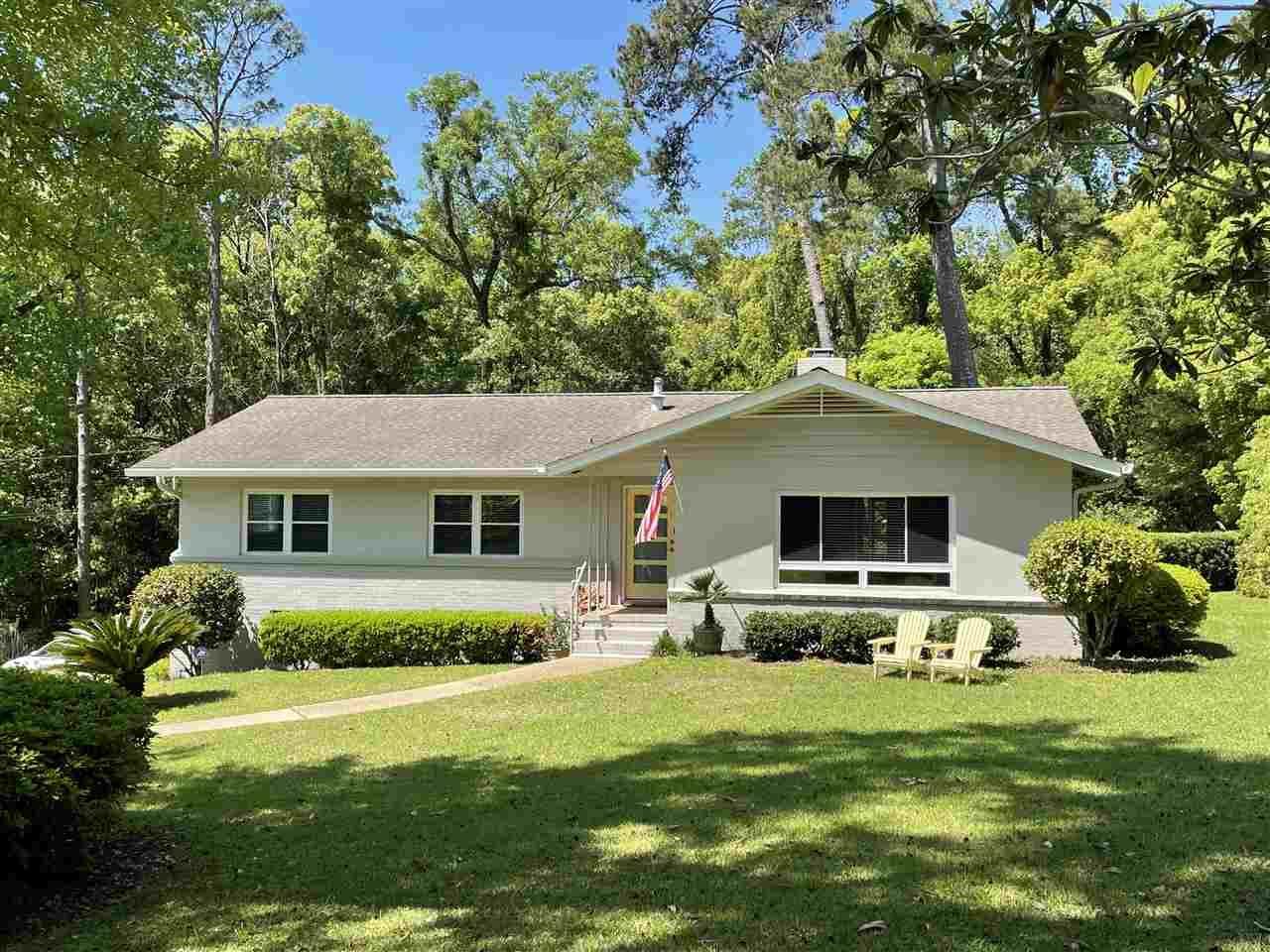 Photo of 844 Brookwood Drive, TALLAHASSEE, FL 32308 (MLS # 330632)