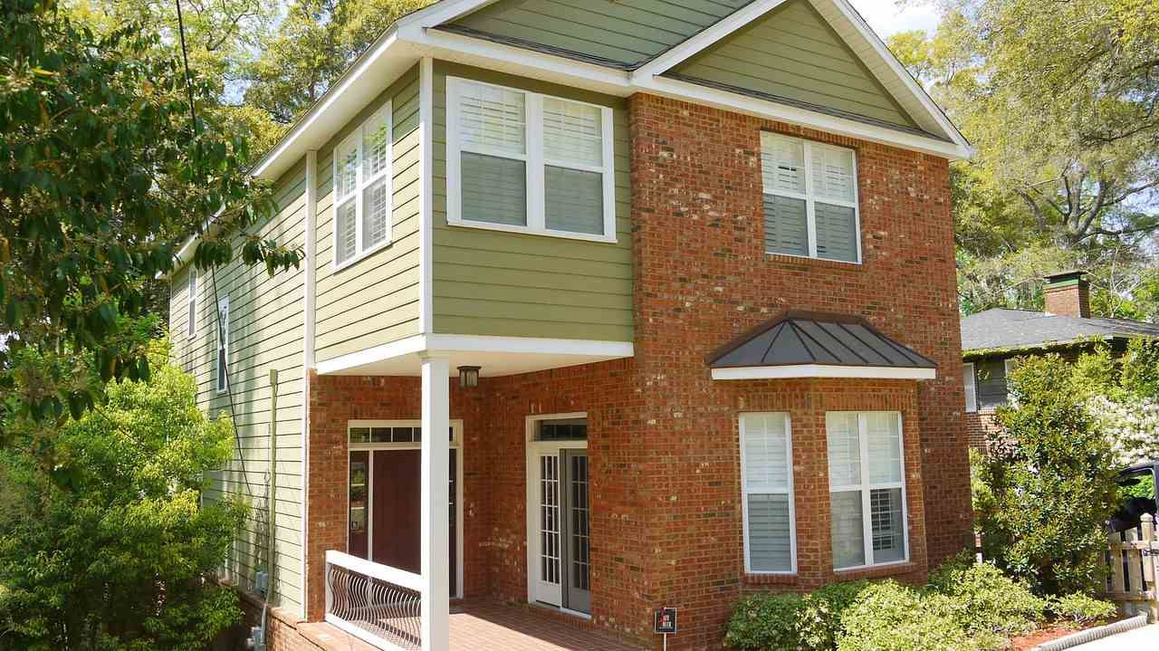 Photo of 500 TALAFLO ST, TALLAHASSEE, FL 32308 (MLS # 318635)